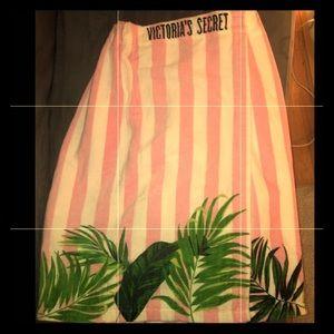 Victoria's Secret Towel Wrap, NWOT